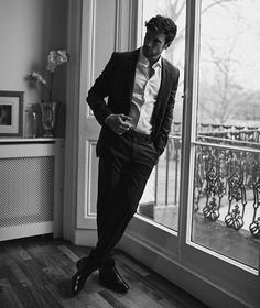 "Instagram Image by Hugo Philip (@hugophilip) with caption : ""Sober elegance with my new suit from @strellson #dressedbystrellson #strellson"" at London, United Kingdom - 1685050808281775293"