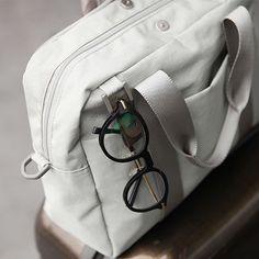 Mochi Things - Basic Daily Messenger Bag
