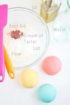 DIY Play Dough 5 minutes and 5 ingredients are all you need.