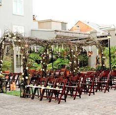 Awe-dropping set-up on the Omni's patio Wedding Reception Seating, Wedding Ceremony, Wedding Website Examples, New Orleans Hotels, Event Planning, Patio, Table Decorations, Software, Arch