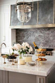 Parisian Classic + Kitchen Design - Dream home Home Decor Kitchen, Interior Design Kitchen, New Kitchen, Kitchen Ideas, Kitchen Grey, Kitchen Modern, Kitchen Colors, French Kitchen Decor, French Interior Design
