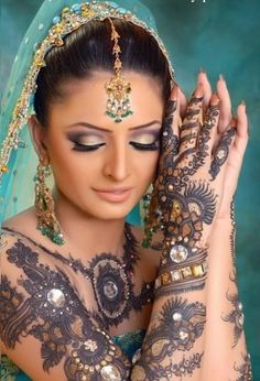 How-To-Select-The-Best-Bridal-Mehndi-Designs