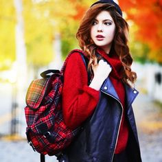 redhead Polina ossana