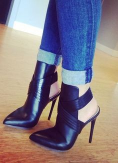 Krimp - Black Dress Box Lea BCBGMaxazria - Heels