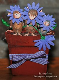 cute house mouse card