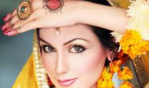 Bridal makeup dresses, makeup and jewellery must be best of you. You can feel comfortable, confident, glowing and beautiful.