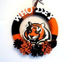 Cincinnati Bengals Who Dey Yarn Wreath by 3SunshineKisses on Etsy, $35.00