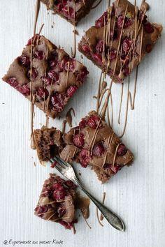 Experimente aus meiner Küche: Schokoladiger Schoko-Kirsch-Kuchen