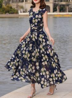 2020 Women Fashion printed summer dresses floral and pastel dress – swetson Dress Outfits, Casual Dresses, Fashion Dresses, Summer Dresses, Chiffon Maxi Dress, Saree Dress, Chiffon Saree, Tumblr Shirt, Pretty Dresses