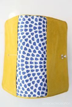 comment annececilecreation conçoit le portefeuille jaune cuir pour l'été Madewell, Etsy, Crafty, Couture, Tote Bag, Sewing, Colors, Board, Shoes