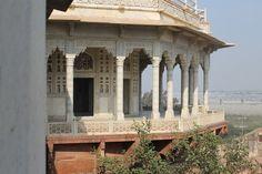 Balkon mit Blick auf das Taj Mahal