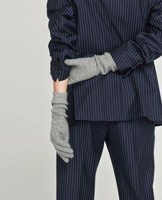 Obrázok 5 z PLETENÉ RUKAVICE od spoločnosti Zara