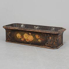 JARDINJÄR, målat trä, 1800-tal. - Bukowskis Bukowski, Painting On Wood, Finland, 19th Century, Dreams, Garden, Design, Decor, Garten