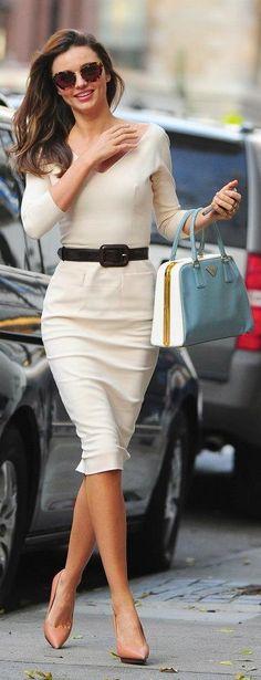 da6af799f948 Miranda Kerr in Victoria Beckham Style Guides