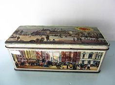 Vintage tin retro tin storage tin Christmas tin Vintage Vintage Storage, Vintage Tins, Cream Crackers, Mansions Homes, Tower Of London, Old London, Uk Shop, Decorative Boxes, Display