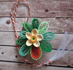 Quilling Designs, Wreaths, Christmas Ornaments, Holiday Decor, Blog, Door Wreaths, Christmas Jewelry, Blogging, Deco Mesh Wreaths