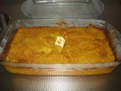 Pom is een traditioneel Surinaamsgerecht. Het is een ovenschotel die veel wordgemaakt voor feesten en partijen. De basis ingrediënten van pom zijn pomtajer en vlees. Iedereen maakt zijn/haar pom op zijn eigen manier. Ik heb pom leren maken van mijn...