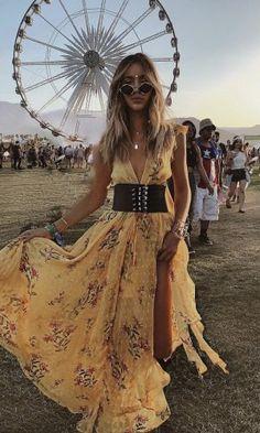 Coachella Os 70 Melhores Looks do Festival - Gabi May Festival Coachella, Boho Festival Fashion, Music Festival Outfits, Festival Wear, Coachella 2018, Festival Chic, Concert Outfits, Festival Looks, Look Fashion