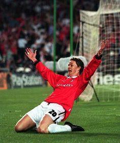 Ole Gunnar Solskjaer - that goal! Manchester United Legends, Manchester United Players, Man Utd Squad, Football Program, Professional Football, Old Trafford, Man United, Best Player, The Man