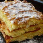 A világ legfinomabb túrós sütije, mire megiszod a kávéd, meg is sül! Romanian Desserts, Romanian Food, English Bread, Cookie Recipes, Dessert Recipes, Good Food, Yummy Food, Hungarian Recipes, Sweet And Salty