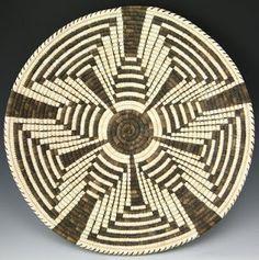 New basket weaving art native american ideas Native American Baskets, Native American Art, Tapestry Crochet Patterns, Crochet Art, Mochila Crochet, Indian Baskets, Pine Needle Baskets, Weaving Art, Basket Weaving