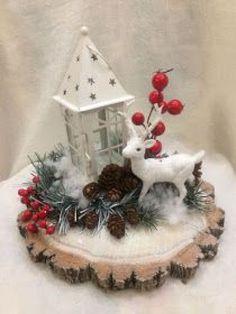 Easy Christmas Decorations, Christmas Lanterns, Christmas Arrangements, Christmas Centerpieces, Diy Christmas Ornaments, Rustic Christmas, Christmas Projects, Simple Christmas, Winter Christmas