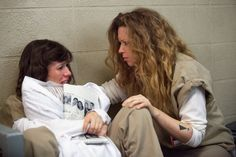 Pin for Later: Orange Is the New Black Season See All the Pictures Nicky (Natasha Lyonne) comforts Morello (Yael Stone). Orange Is The New Black, Oitnb Season 2, Nicky Nichols, Prison Wife, Game Of Thrones, Natasha Lyonne, Black Characters, Old Shows, Bob Dylan