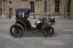 1901 Panhard et Levassor 10hp Cab.. ════════════════════════════ http://www.alittlemarket.com/boutique/gaby_feerie-132444.html ☞ Gαвy-Féerιe ѕυr ALιттleMαrĸeт   https://www.etsy.com/shop/frenchjewelryvintage?ref=l2-shopheader-name ☞ FrenchJewelryVintage on Etsy http://gabyfeeriefr.tumblr.com/archive ☞ Bijoux / Jewelry sur Tumblr