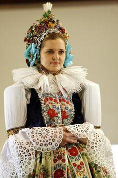 Bride from Hluk, Moravské Slovácko region, Czech republic Germanic Tribes, Costumes Around The World, Folk Clothing, Renaissance Era, Cultural Identity, Folk Costume, Real Beauty, Beautiful Patterns, Czech Republic