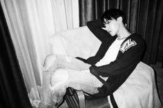 jhope black and white bangtan