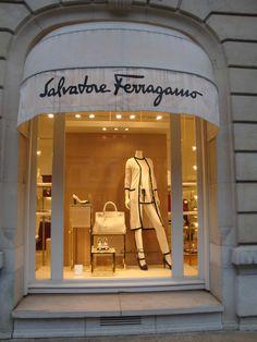 A stop by Salvatore Ferragamo, Avenue Montaigne, Paris ~ Colette Le Mason a9830190869
