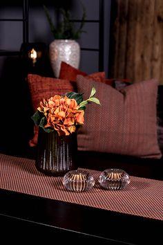 #blackdesign #brown #caramel #livingroom #interiordesign #dekoration