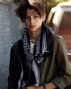 William Franklyn-Miller (New Paradox Beautiful Children, Beautiful Boys, Pretty Boys, Beautiful People, William Franklyn Miller, Cute Teenage Boys, Teen Models, Boy Hairstyles, Handsome Boys
