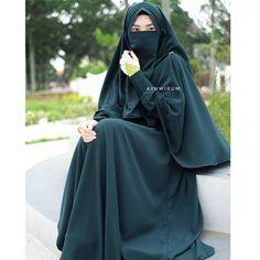 Muslim Girls, Muslim Women, Niqab Fashion, Fashion Dresses, Face Veil, Hijab Niqab, Girl Hijab, Hijab Dress, Modest Outfits