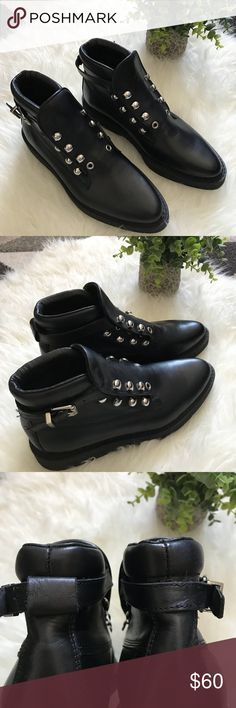 Diesel Woman boots . Size 37. Buckle frame missing on left shoe . Belt hook is missing in the back of right shoe . See pictures for the detail. Store floor model . New . Size 37. Diesel Shoes Combat & Moto Boots