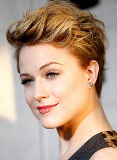 Formal Hairstyles for Short Pixie Hair! Images and Video Tutorials! Formal Hairstyles for Short Pixie Hair! Images and Video Tutorials! Short Hair With Layers, Short Hair Cuts For Women, Short Hairstyles For Women, Short Hair Styles, Short Cuts, Wavy Pixie Cut, Blonde Pixie Cuts, Short Pixie, Short Quiff
