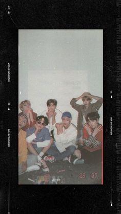 Bts Taehyung, Bts Bangtan Boy, Bts Jimin, Bts Wallpaper, Aztec Wallpaper, Pink Wallpaper, Screen Wallpaper, K Pop, Bts Polaroid