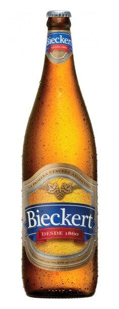 Cerveja Bieckert, estilo Standard American Lager, produzida por Cervecería Luján, Argentina. 4.9% ABV de álcool.