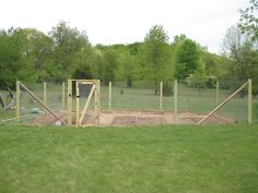 Building a fence and gate for vegetable garden. Lots of pictures added.