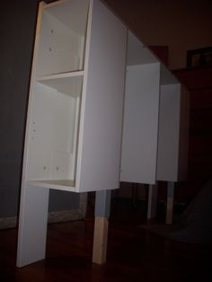 IKEA Hackers: Free-Standing Brimnes Headboard for Renters Diy Bed Headboard, Headboards For Beds, Plywood Headboard, Headboard Ideas, Bedroom Ideas, Wood Table Legs, Solid Wood Table, Ikea Hacks, Linen Cabinets