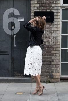 Austrian lifestyle blogger annalaurakummer in London - black & white elegant evening look
