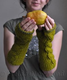 Hand knit chunky extra long cable fingerless by EveldasNeverland