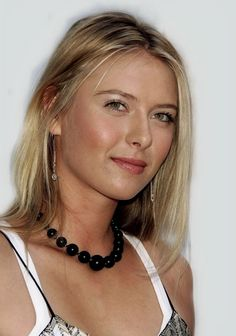 One of the most beautiful woman on earth. Girl Celebrities, Beautiful Celebrities, Most Beautiful Women, Celebs, Maria Sharapova Hot, Maria Sarapova, Tennis Players Female, Russian Beauty, Gorgeous Blonde