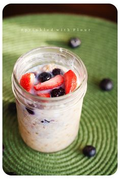 overnight-oatmeal by Amber (Sprinkled With Flour), via Flickr