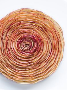Apple tart by pastry chef Cédric Grolet of hotel Le Meurice in Paris, France. © Le Meurice - See more at: http://theartofplating.com/news/a-labor-of-love/