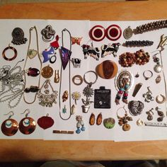 Check out this wearable junk jewelry that I have up for sale. Lots of nice pieces here. Treasures to be found!!!! Don't miss out at only $8.95 you won't be sorry. Lots of these items can be worn or repurposed for other crafts. Enjoy!!