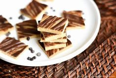 Protein Treats By Nicolette : No-Bake Chocolate Cashew Protein Squares