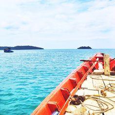 Reminiscing #kohrong #cambodia #island #boat #sea #paradise #summer #travel