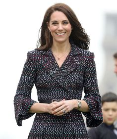 Kate Middleton Photos Photos - Catherine, Duchess of Cambridge watches school kids play rugby at the Trocadero during an official two-day visit to Paris on March 2017 in Paris, France. - The Duke and Duchess of Cambridge Visit Paris: Day Two Duchess Kate, Duke And Duchess, Duchess Of Cambridge, Kate Middleton Photos, Kate Middleton Style, Nude Tights, Really Cute Outfits, Princess Kate, Royal Fashion