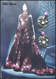 Earrings with coloured stones